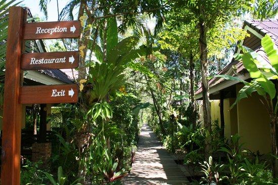 Sunda Resort: Указатели