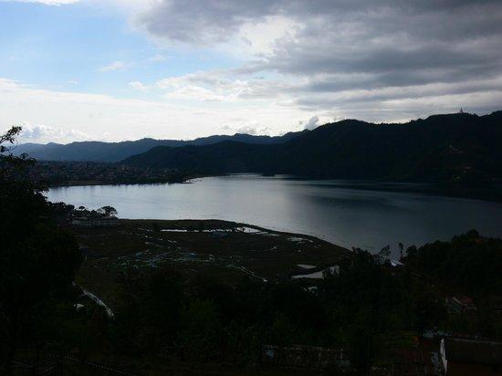 Sadhana Yoga Retreat Centre: lake view
