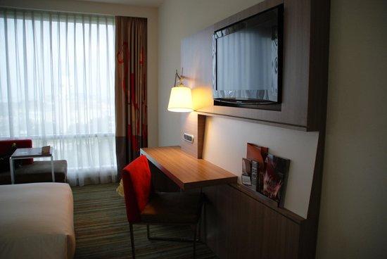 Hotel Novotel Taipei Taoyuan International Airport : Twin room