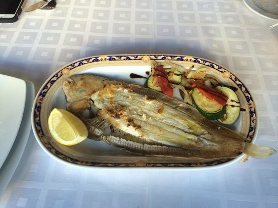Rincon de Emilio: Fresh grilled lenguado