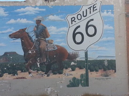 Motel Safari: route 66 Tucumcari mural