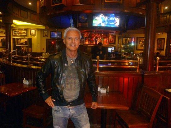 Hard Rock Cafe : l'elegantissimo banco bar