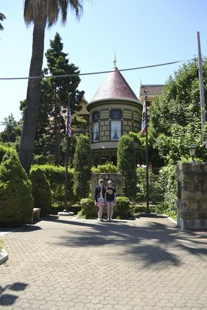 Winchester Mystery House: Outside of the house