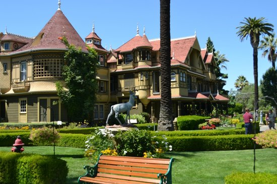 Winchester Mystery House: Yet another view of the outside of the house