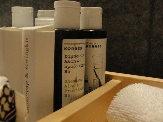 Aristi Mountain Resort and Villas: Bathroom