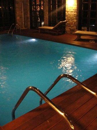 Aristi Mountain Resort and Villas: Indoor pool