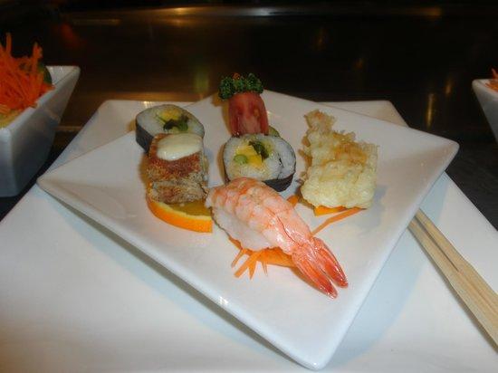 Miyako Teppan-yaki: Sushi