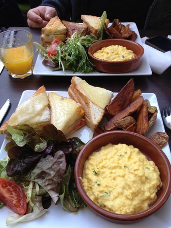 Le Viaduc Cafe : Brunch!