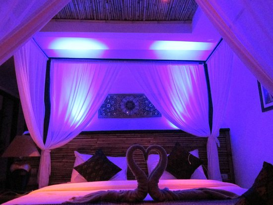 Aminjirah Resort: Starlight Fantasea Bed