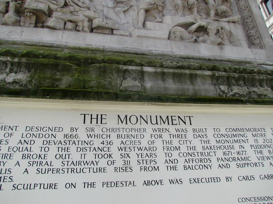 The Monument to the Great Fire of London : sign