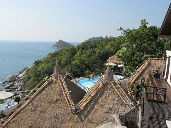 Aminjirah Resort: Aussicht vom Zimmer auf den Pool
