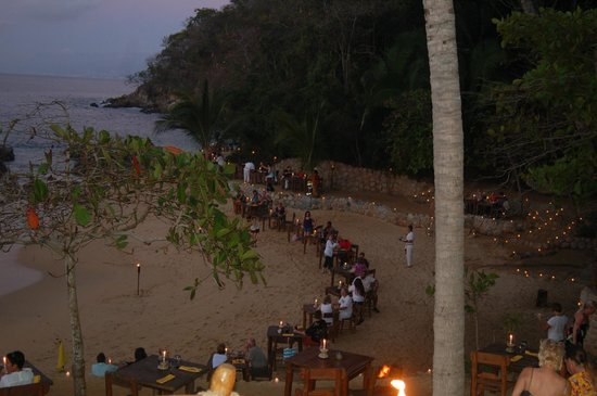 Rhythms of the Night by Vallarta Adventures: Dining on the beach