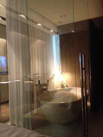 Melia Dubai Hotel: Bathroom 2