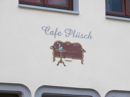 Cafe Plusch: Cáfe Plüsch von aussen