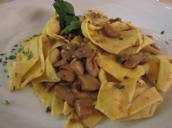 Antico Fattore : Pasta with mushrooms