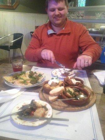 Julies & Valeri's: Happy Face, Yum Food
