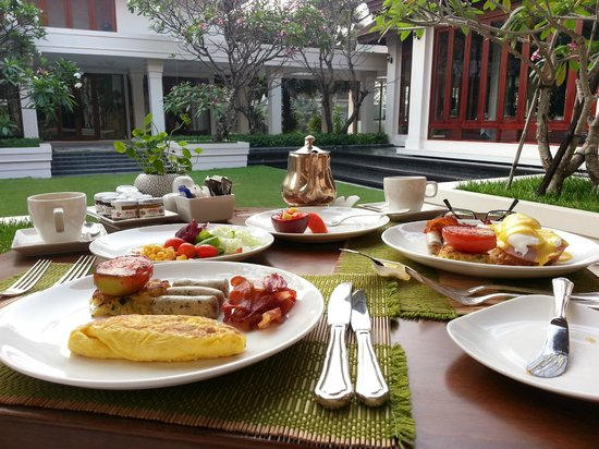 Anantara Angkor Resort: 早餐