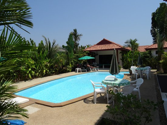 Sansuko Ville Bungalow Resort: piscine