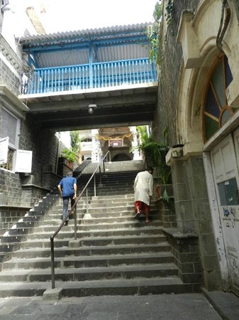 Babulnath Temple : The stairs leading to the temple