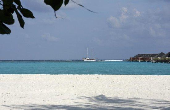 Paradise Island Resort & Spa: Vue de la chambre (partie nord-est de l'île)