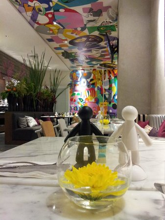 ARTOTEL Thamrin - Jakarta: Playfull PoP Resto