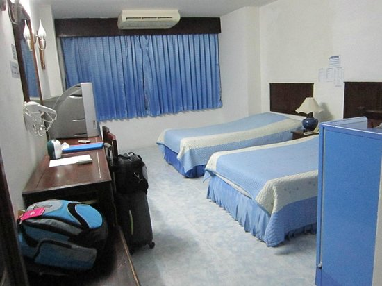 Sirinart Garden Hotel: Rm 301 - only 490 Baht per night with breakfast