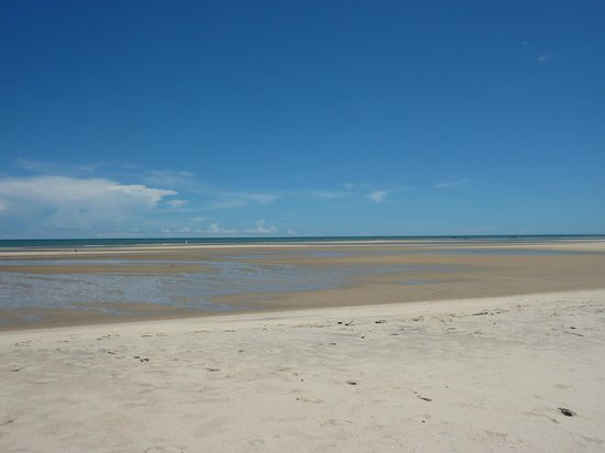 Antsanitia Resort: Marée basse...