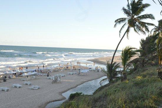 Sauipe Pousadas: Vista da praia a alguns metros da pousada. Sensacional!