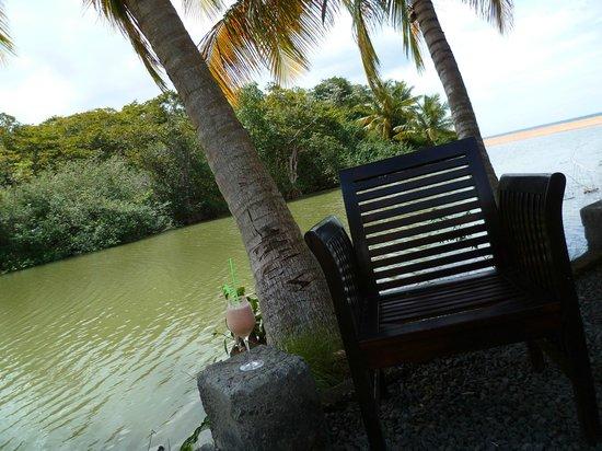 Koté Lagon : La terrasse