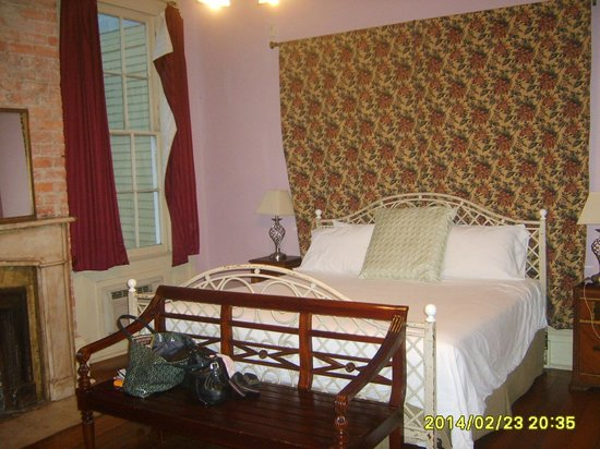 Creole Gardens Guesthouse Bed & Breakfast: suite