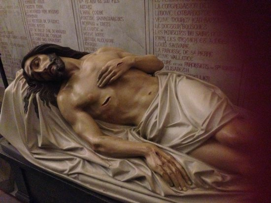 Basilique Notre-Dame de la Garde : The recumbent figure of Christ (the crypt)