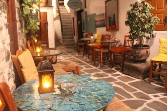 Naxos Cafe