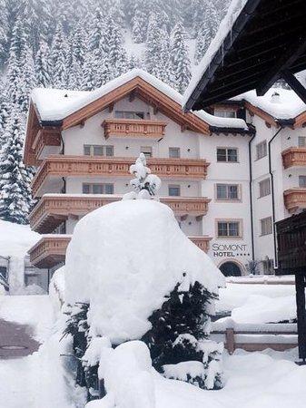 Hotel Somont: Geweldige sneeuw- en pistecondities direct achter het hotel