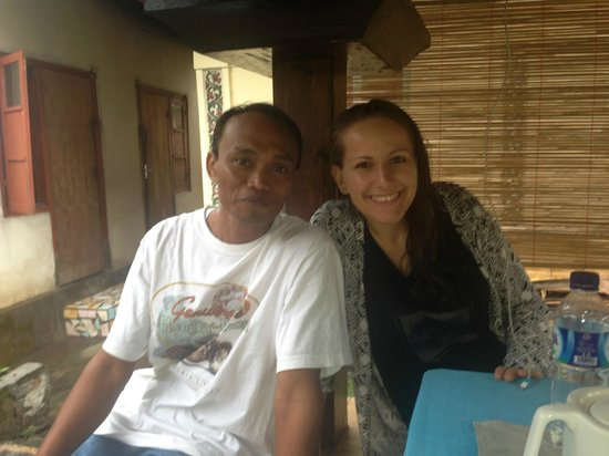 Bali Homestay: Posing with Agus
