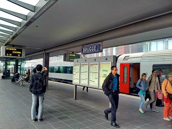 Station Brugge: Bruges Railway Station
