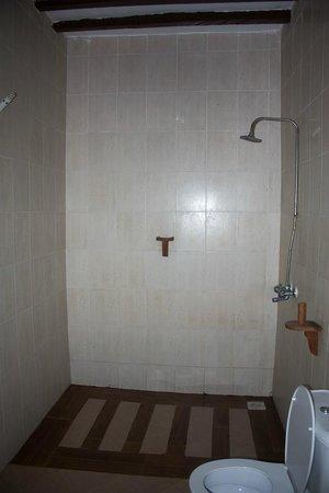 Zanzibar Star Resort: La doccia