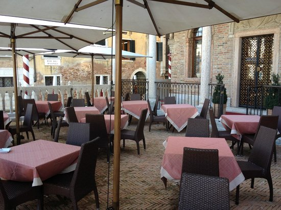 Hotel Palazzo Stern: On the terrace