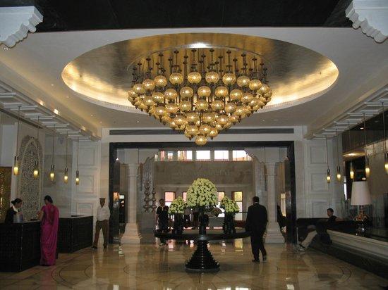 ITC Mughal, Agra: The Lobby