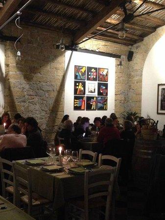 Osteria Ballaro: sala ristorante