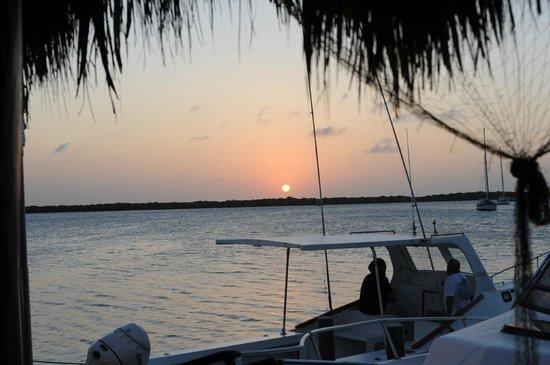 Marandi : Sunset View