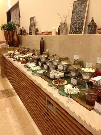Fairmont The Palm, Dubai: Breackfast