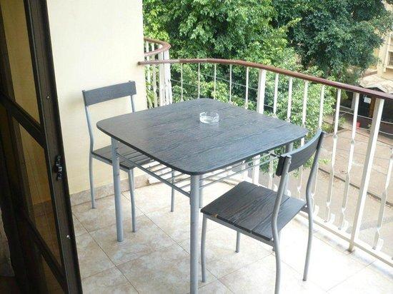 Nyumbani Hotel & Resort Moshi: Balcony