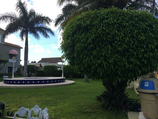 Villablanca Garden Beach Hotel: Hotel Grounds