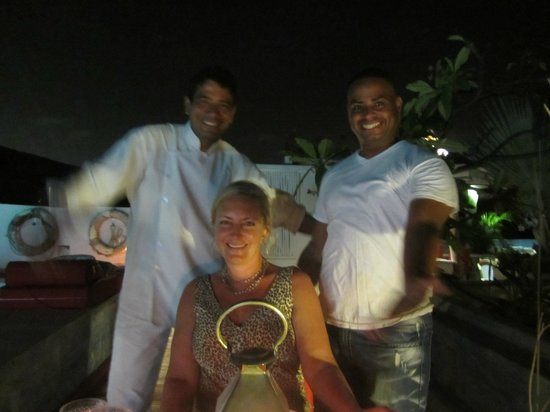 La Passion Hotel Lounge : Jose & Taylor- Bravo!