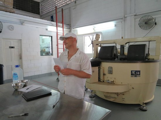 Agapey Chocolate Factory : Listening to Alex the owner.