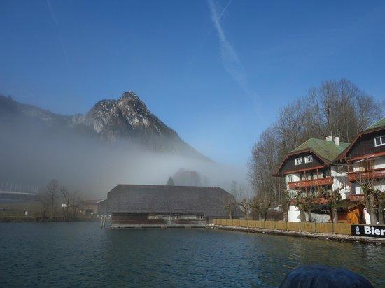 Königssee : 清晨國王湖畔碼頭,罩著薄霧