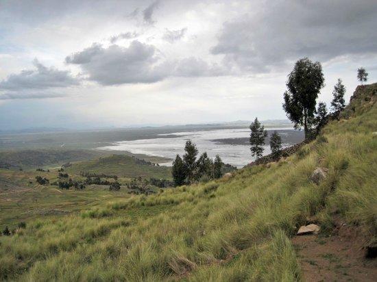 MIRADOR DEL TITIKAKA: View from the Mirador del Titicaca Estate 2