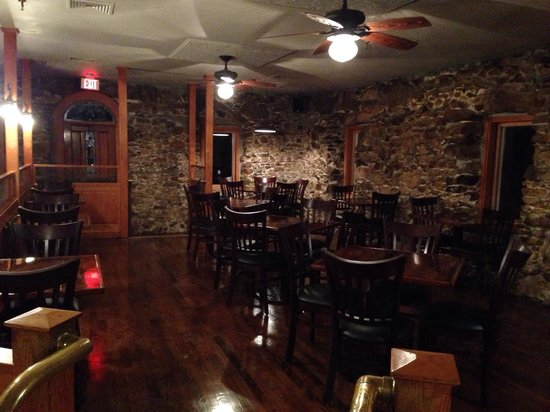 Orleans, MA: Totally renovated dining area in the tavern.
