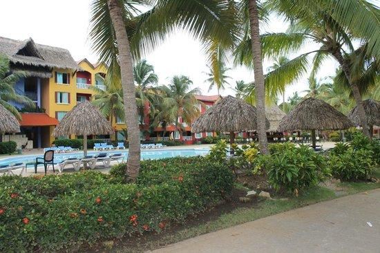 Tropical Princess Beach Resort & Spa : une des trois piscines