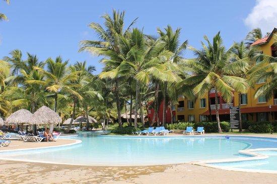 Tropical Princess Beach Resort & Spa: les extérieurs